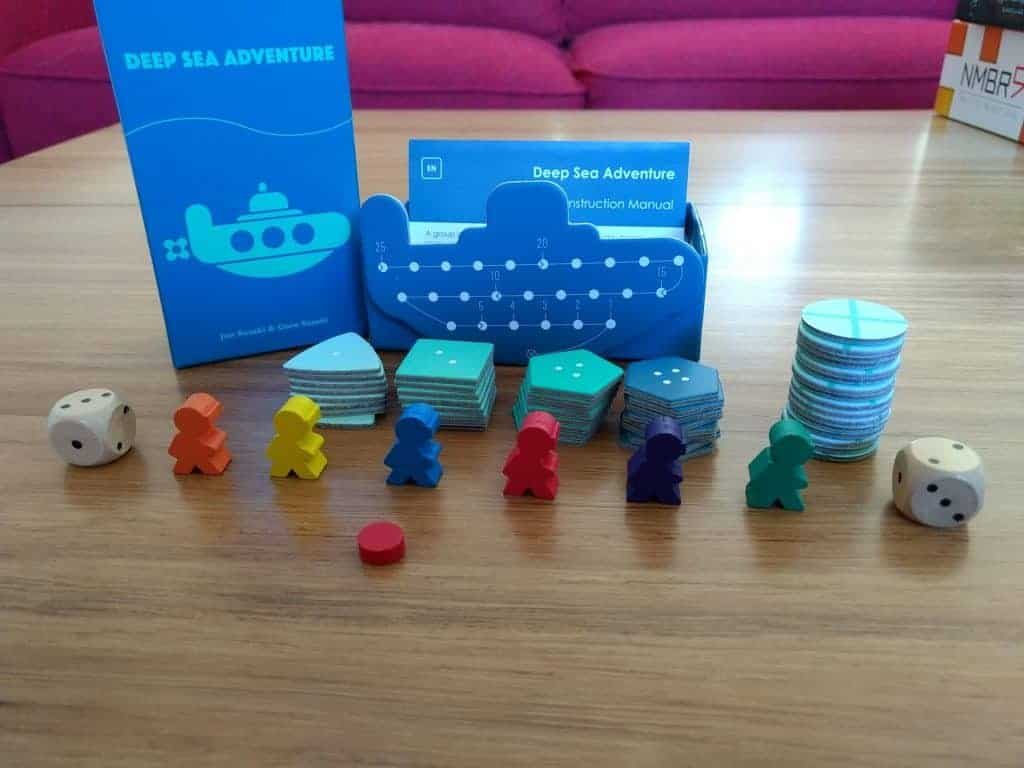 Deep_sea_adventure_board_game