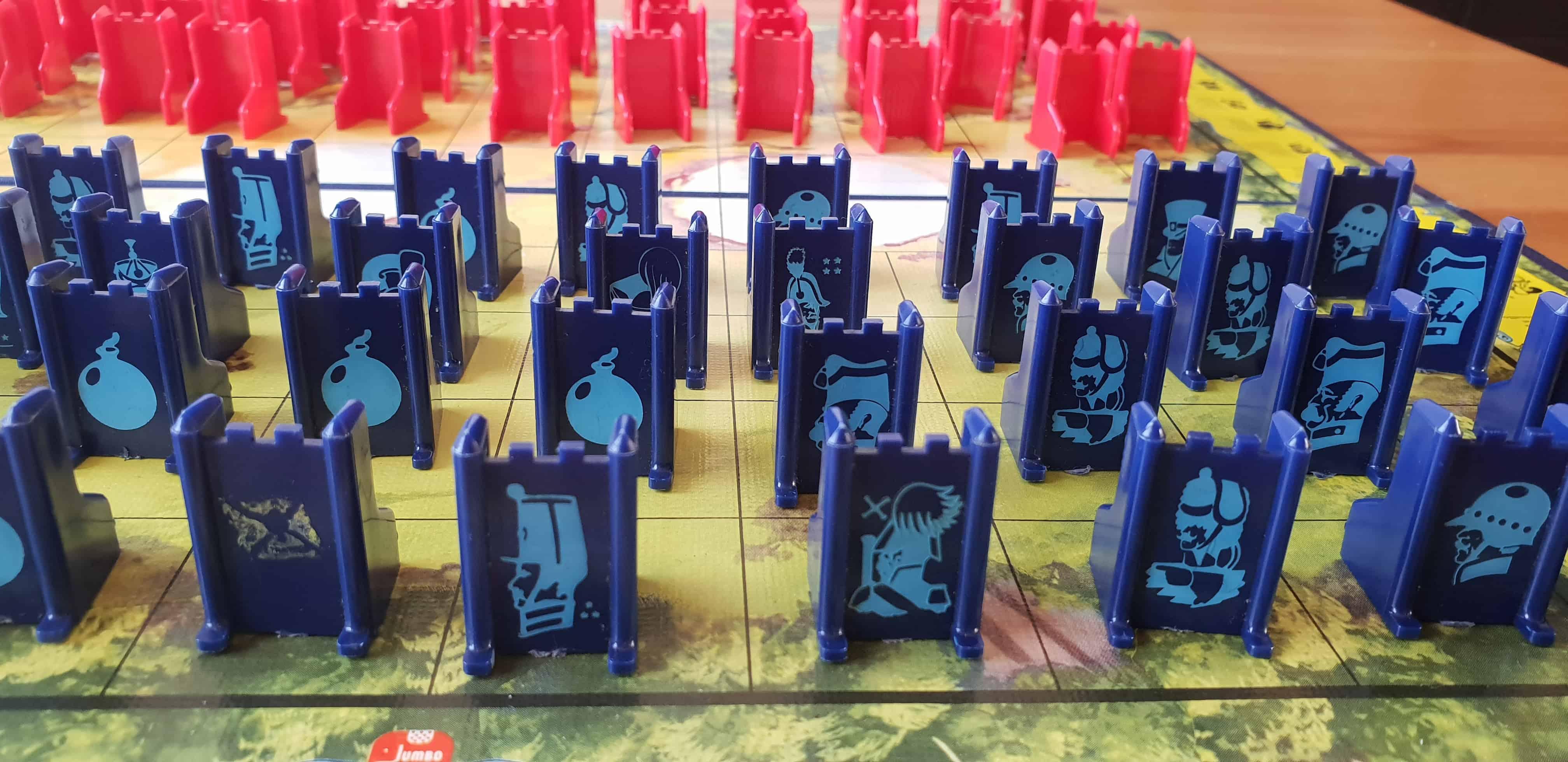 stratego-bodspel-speel-stukken